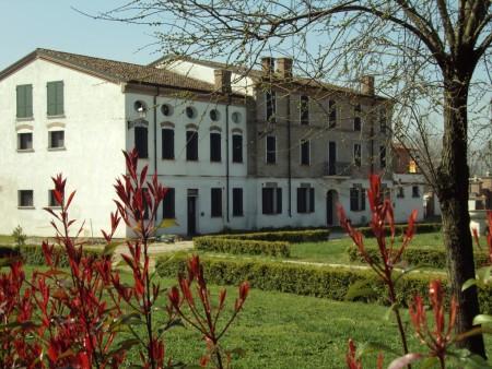 Galleria esterni (13)